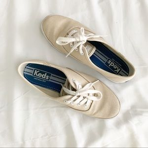 Keds Tan Canvas Sneakers size 6